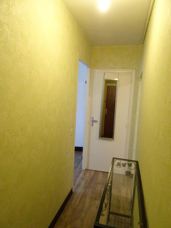 Appartement à louer 1 35m2 à Nogent-le-Rotrou vignette-4