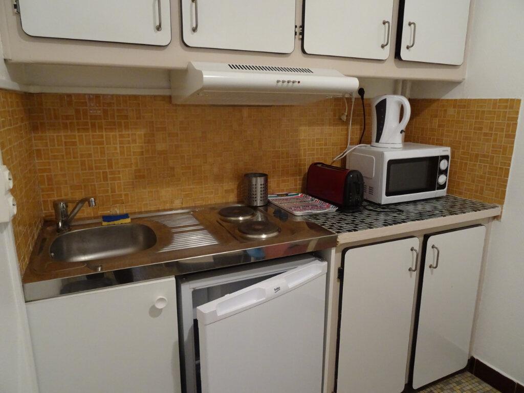 Appartement à louer 1 35m2 à Nogent-le-Rotrou vignette-5