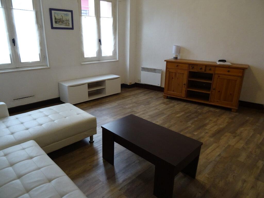 Appartement à louer 1 35m2 à Nogent-le-Rotrou vignette-6