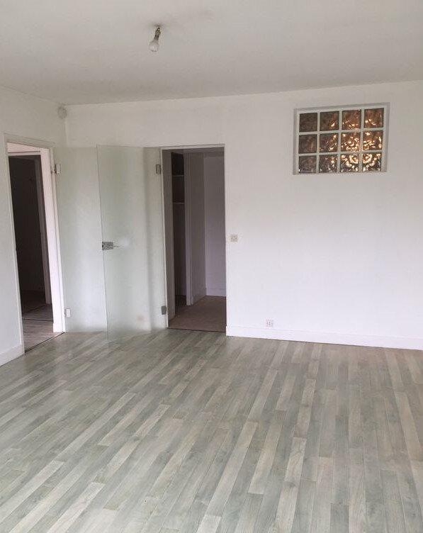 Appartement à louer 2 55m2 à Nogent-le-Rotrou vignette-3