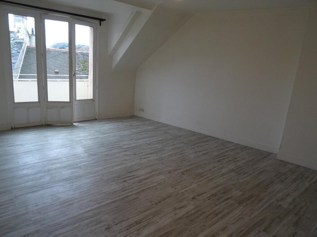 Appartement à louer 2 55m2 à Nogent-le-Rotrou vignette-9