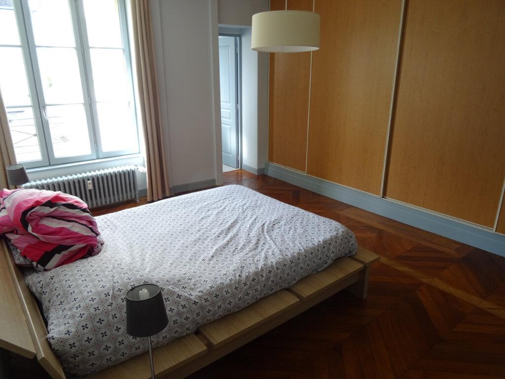 Appartement à louer 3 84m2 à Nogent-le-Rotrou vignette-1