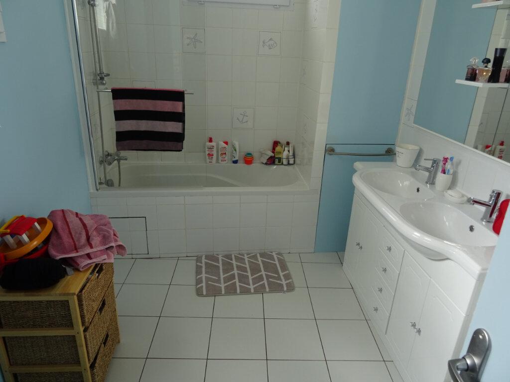 Appartement à louer 3 84m2 à Nogent-le-Rotrou vignette-5
