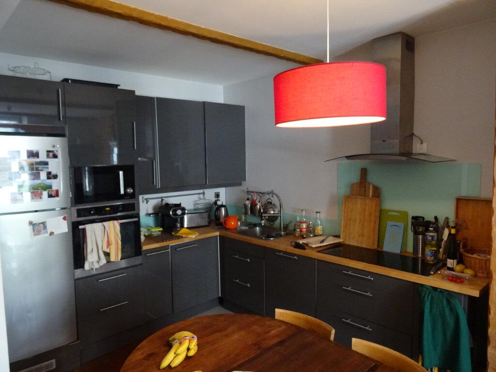 Appartement à louer 3 84m2 à Nogent-le-Rotrou vignette-9