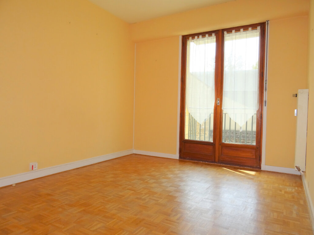 Appartement à louer 3 87.5m2 à Alençon vignette-3