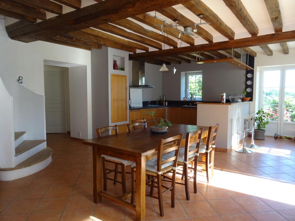 Maison à vendre 7 170m2 à La Ferrière-Bochard vignette-2