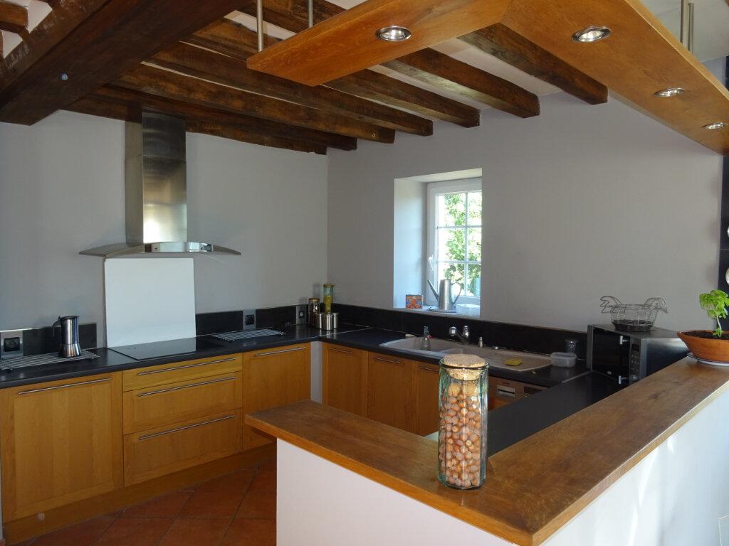 Maison à vendre 7 170m2 à La Ferrière-Bochard vignette-3