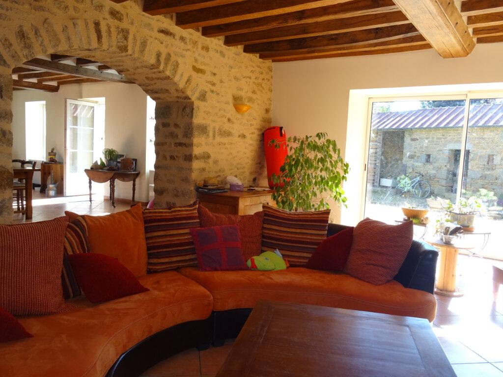 Maison à vendre 7 170m2 à La Ferrière-Bochard vignette-4