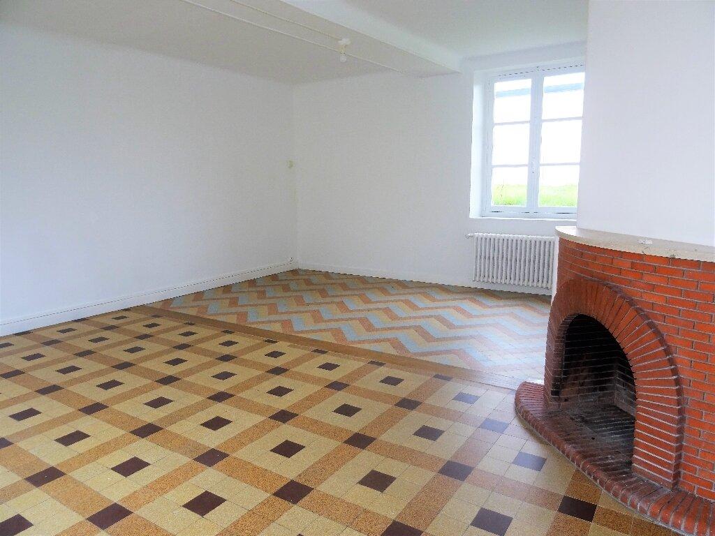 Maison à louer 3 132.2m2 à Héloup vignette-2