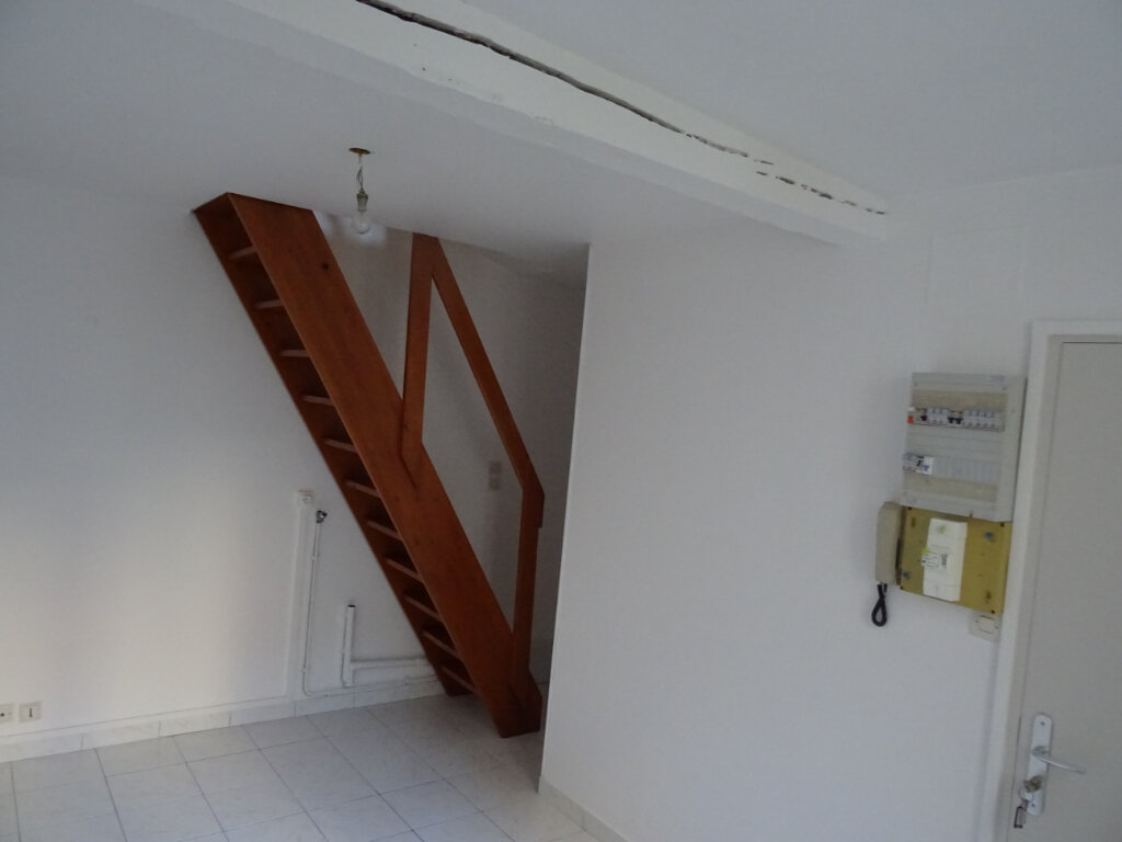 Appartement à louer 2 20m2 à Nogent-le-Rotrou vignette-4