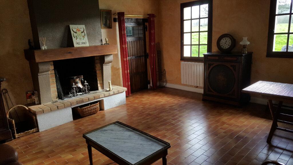 Maison à vendre 5 95m2 à La Fresnaye-sur-Chédouet vignette-4
