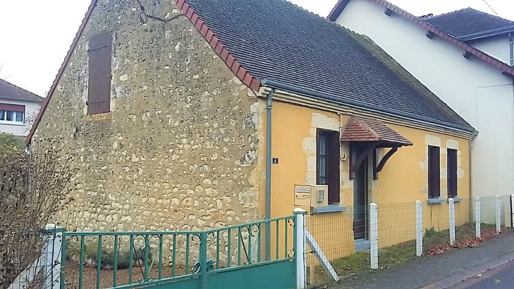 Maison à louer 3 65.5m2 à Le Theil vignette-1