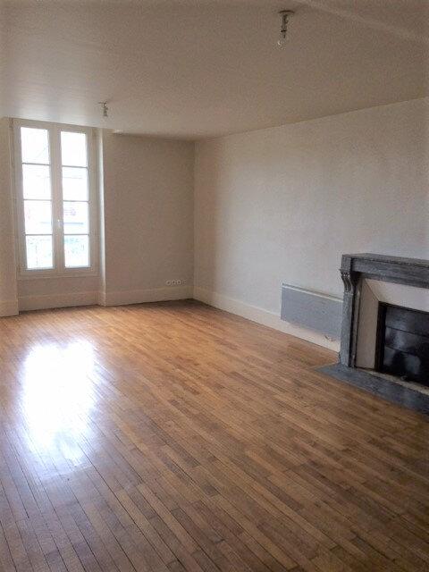 Appartement à louer 3 60m2 à Mortagne-au-Perche vignette-3