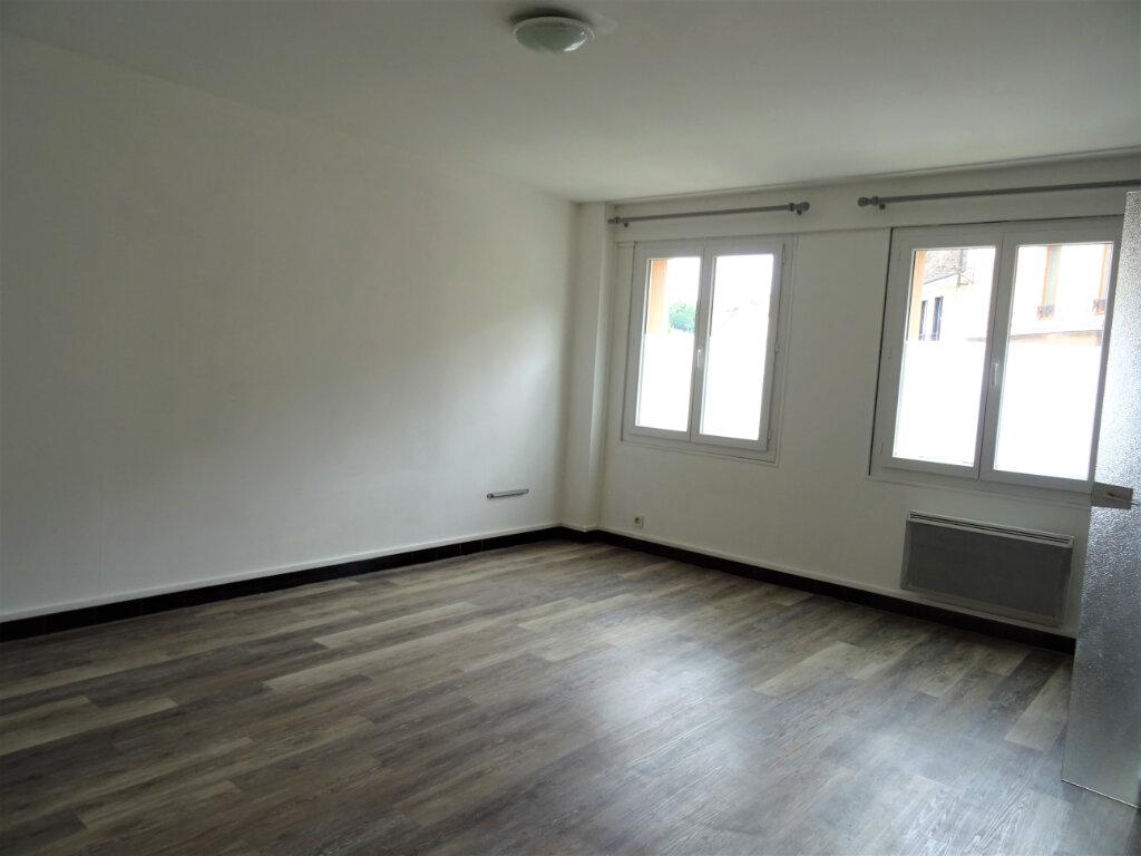 Appartement à louer 1 31m2 à Nogent-le-Rotrou vignette-7