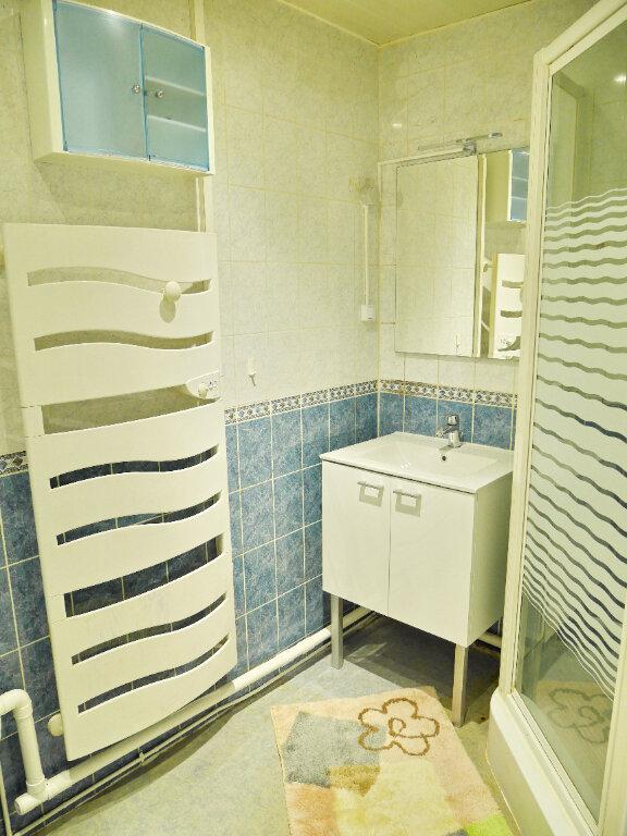 Appartement à louer 3 54m2 à Herblay vignette-3
