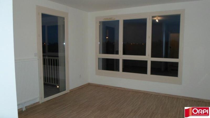 Appartement à louer 2 43.74m2 à Capinghem vignette-1