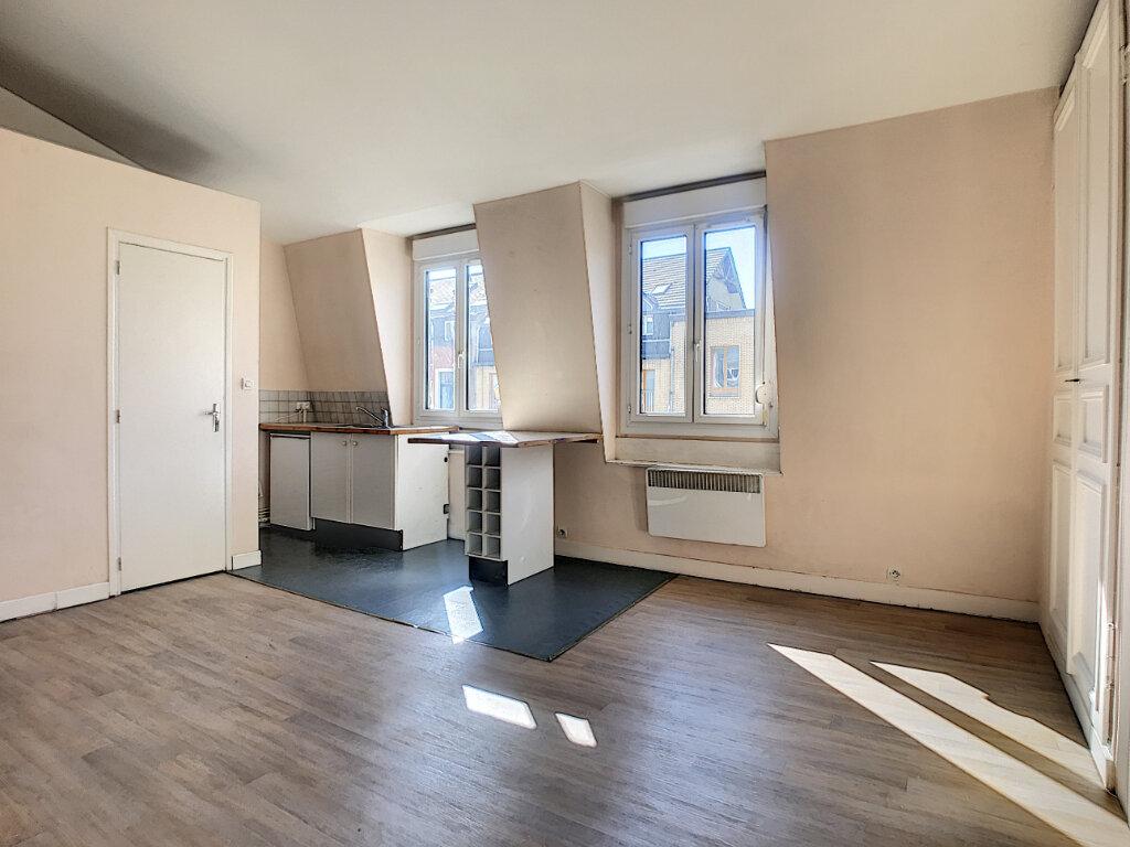 Appartement à louer 2 38.43m2 à Lille vignette-2