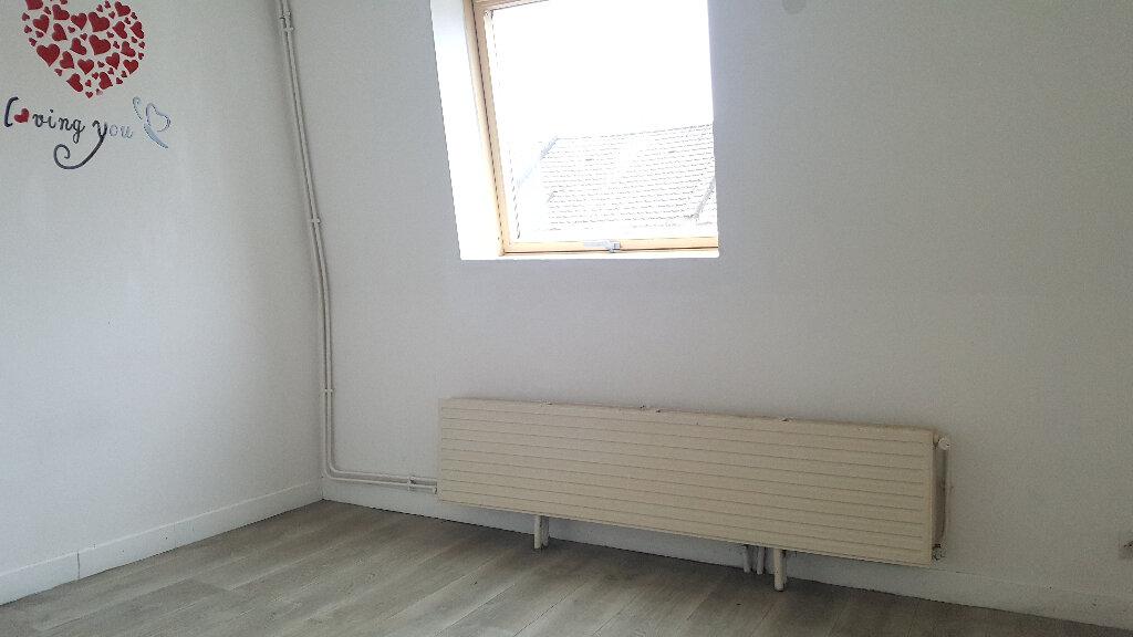 Appartement à louer 3 56.3m2 à Faches-Thumesnil vignette-4
