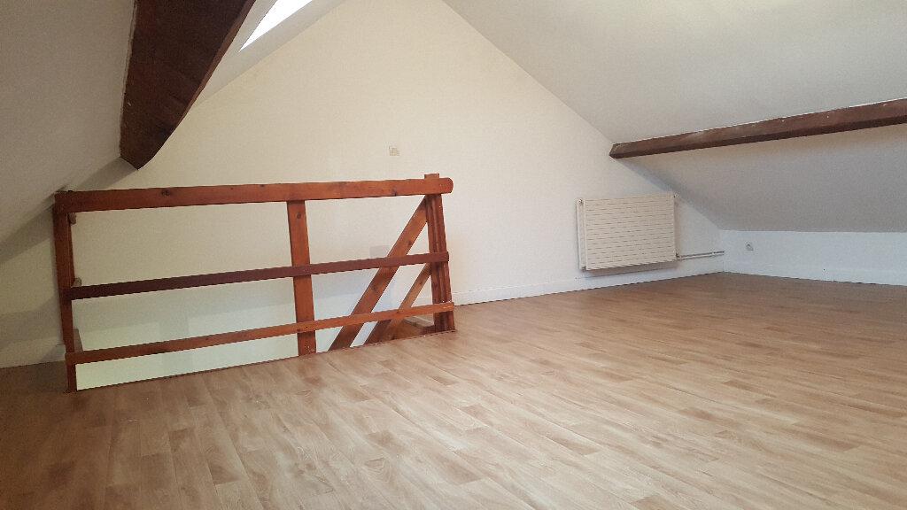 Appartement à louer 3 56.3m2 à Faches-Thumesnil vignette-6