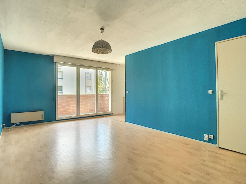 Appartement à louer 2 46.04m2 à Lille vignette-1