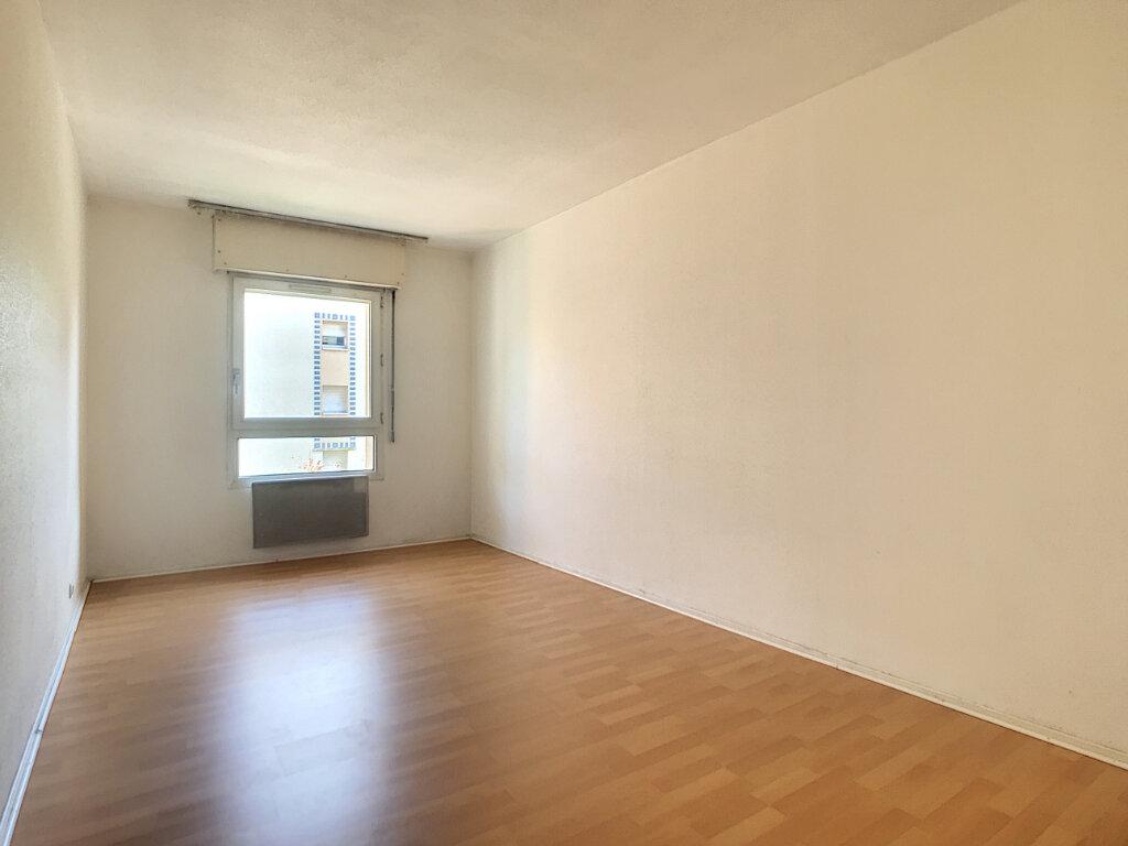 Appartement à louer 2 46.04m2 à Lille vignette-5