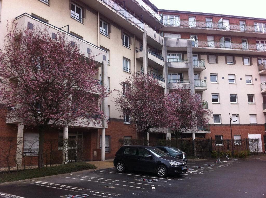 Appartement à louer 1 17.64m2 à Lille vignette-6