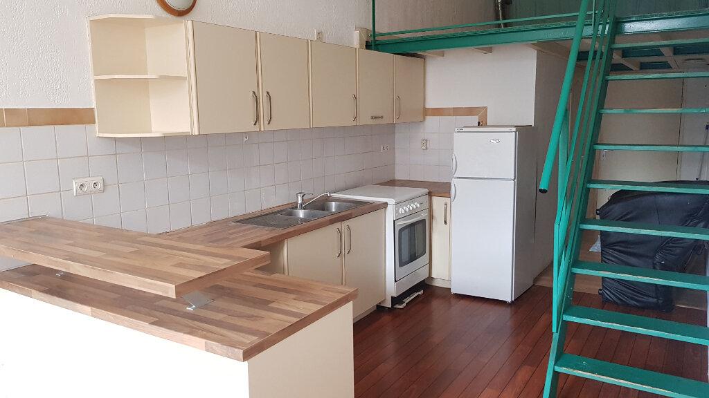 Appartement à louer 1 35m2 à Tourcoing vignette-4