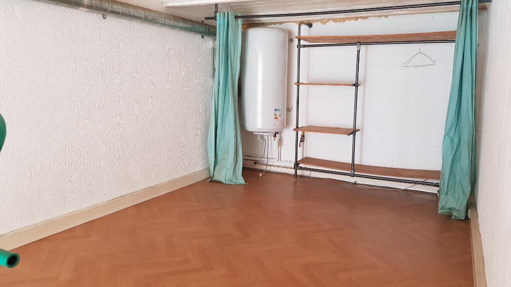Appartement à louer 1 35m2 à Tourcoing vignette-5