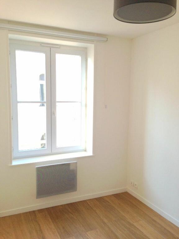 Appartement à louer 2 21.78m2 à Lille vignette-4