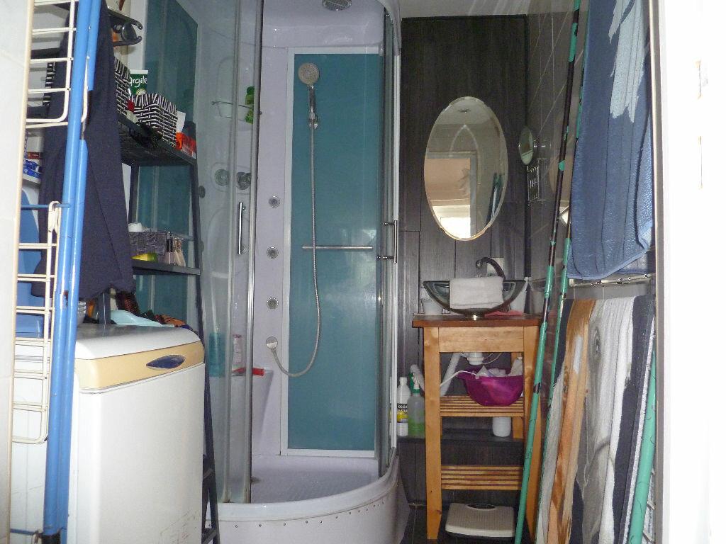 Appartement à louer 2 58m2 à Tourcoing vignette-6