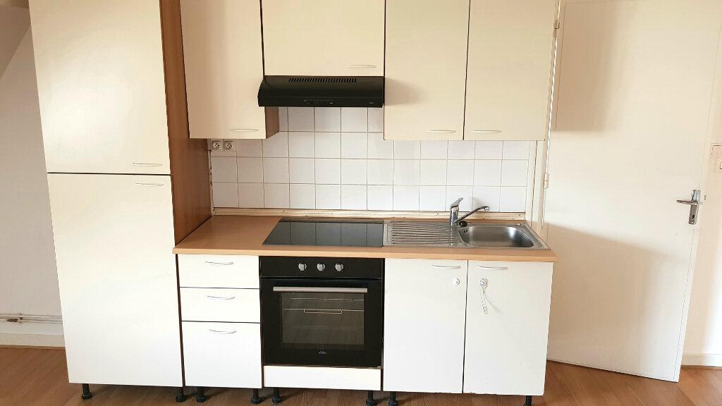 Appartement à louer 3 66.7m2 à Tourcoing vignette-4