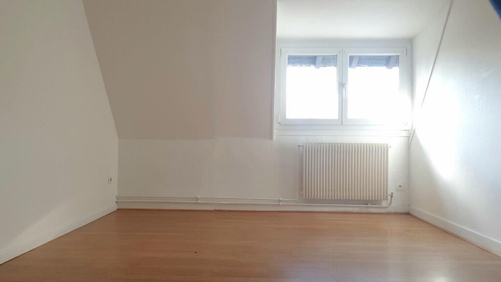 Appartement à louer 3 66.7m2 à Tourcoing vignette-7