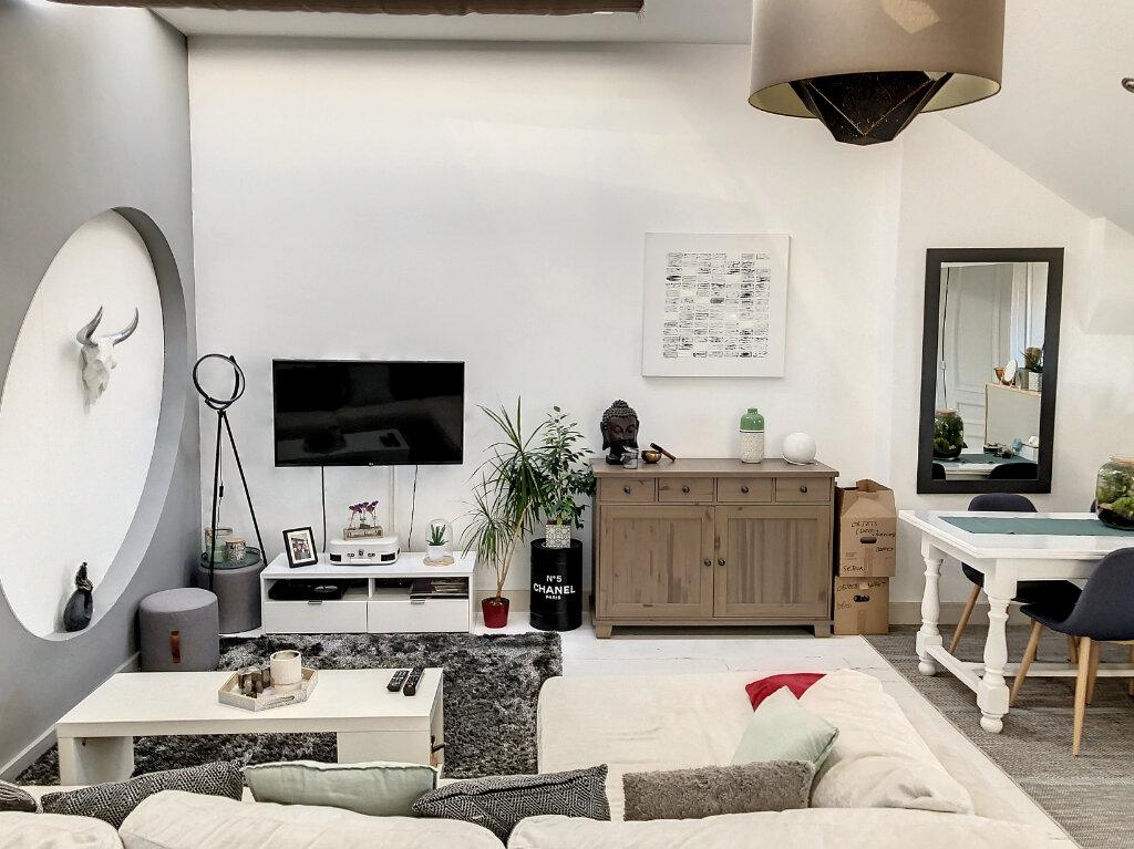 Appartement à vendre 3 66.67m2 à Tourcoing vignette-2