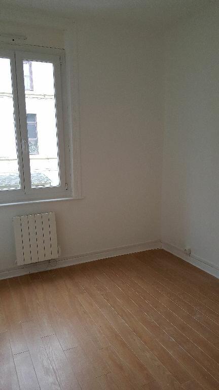Appartement à louer 3 48.31m2 à Lille vignette-6