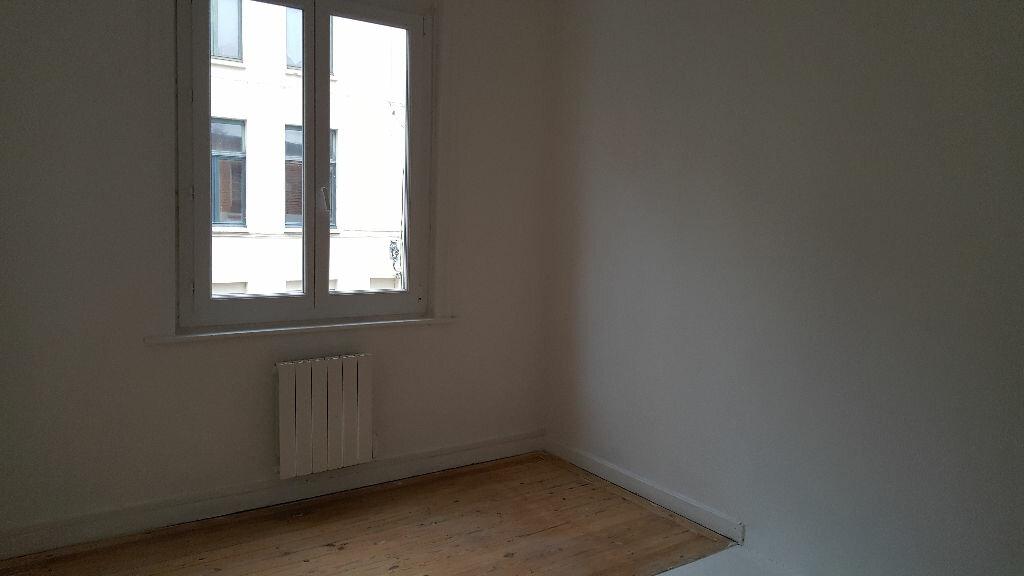 Appartement à louer 3 48.31m2 à Lille vignette-8