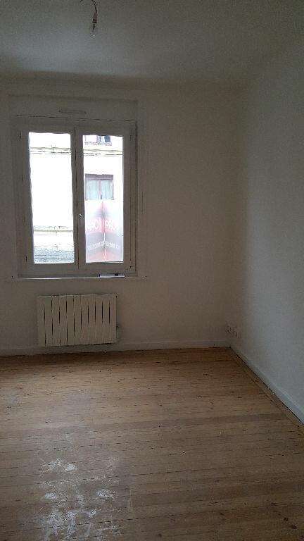 Appartement à louer 3 48.31m2 à Lille vignette-10