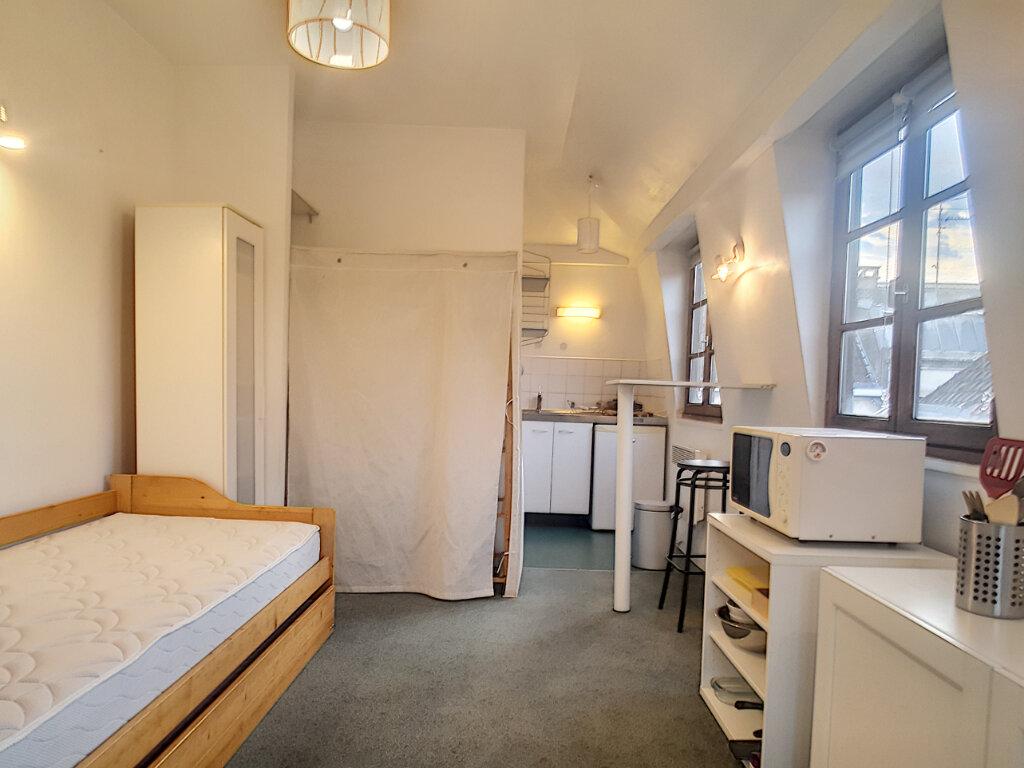 Appartement à louer 1 18.87m2 à Lille vignette-2