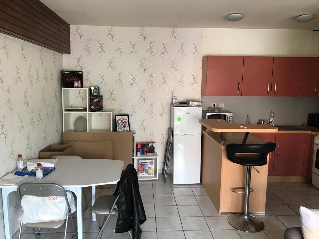 Appartement à louer 2 47m2 à Tourcoing vignette-2