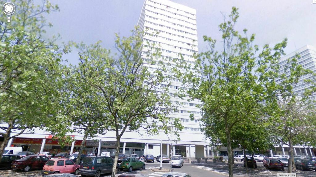 Stationnement à louer 0 0m2 à Mons-en-Baroeul vignette-2
