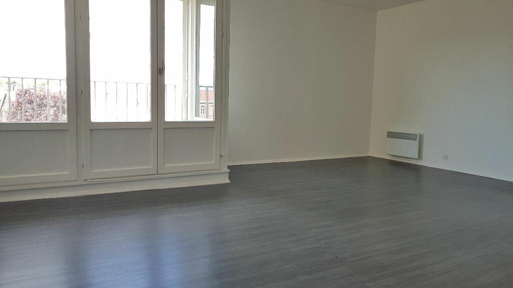 Appartement à louer 1 34.47m2 à Lille vignette-3
