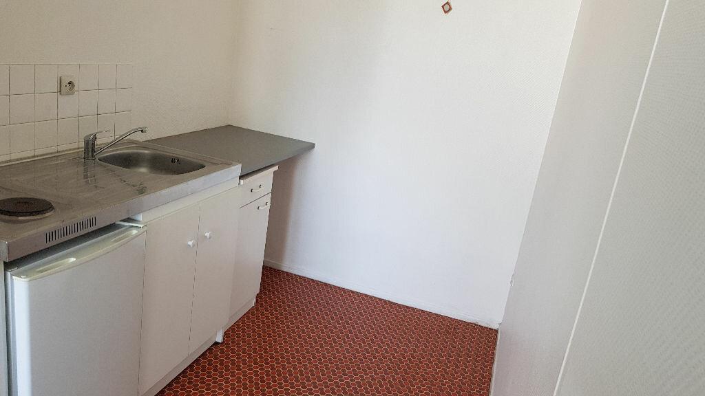 Appartement à louer 1 34.47m2 à Lille vignette-4