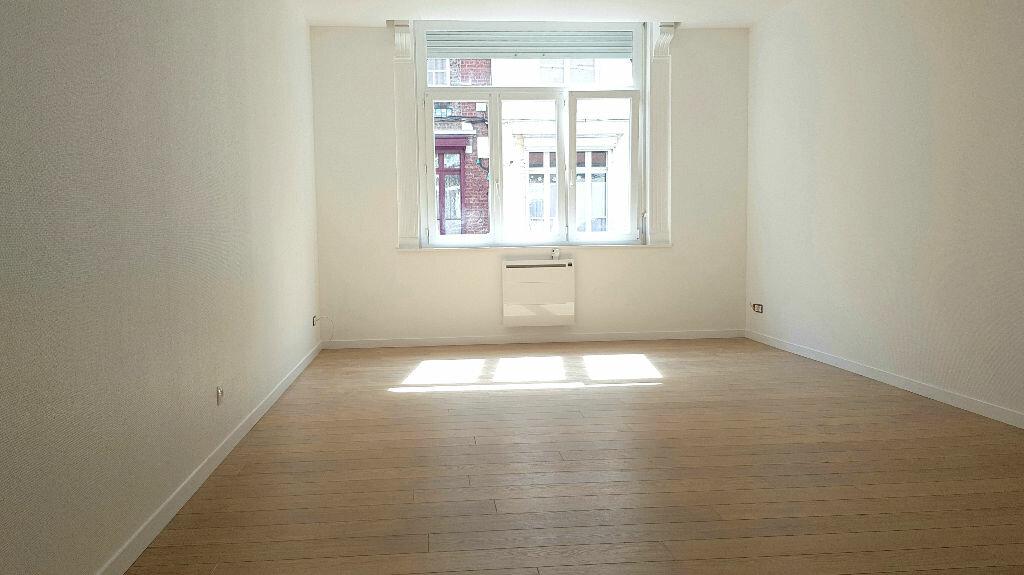 Appartement à louer 3 58m2 à Faches-Thumesnil vignette-3