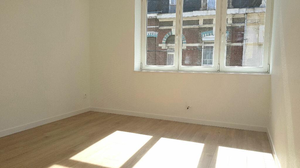 Appartement à louer 3 55m2 à Faches-Thumesnil vignette-7