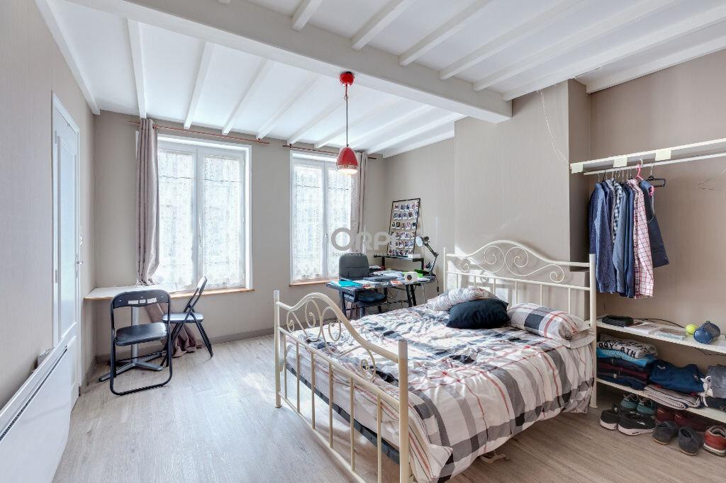Appartement à louer 1 22m2 à Lille vignette-1