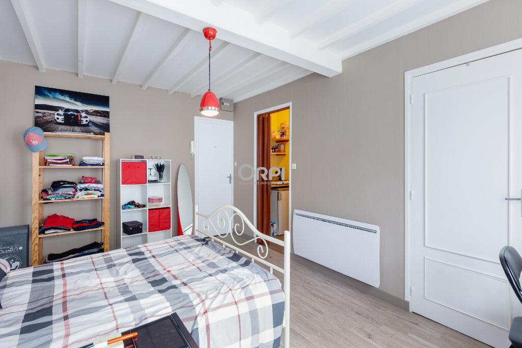 Appartement à louer 1 22m2 à Lille vignette-2