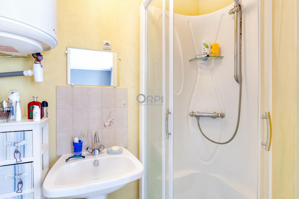 Appartement à louer 1 22m2 à Lille vignette-3