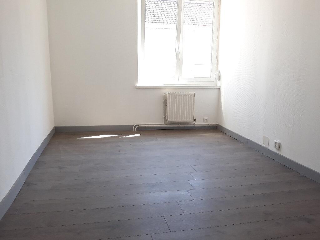 Maison à louer 3 56.19m2 à Roubaix vignette-6