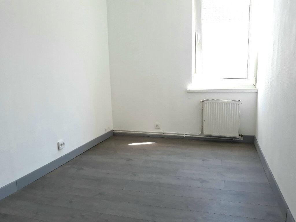 Maison à louer 3 56.19m2 à Roubaix vignette-7