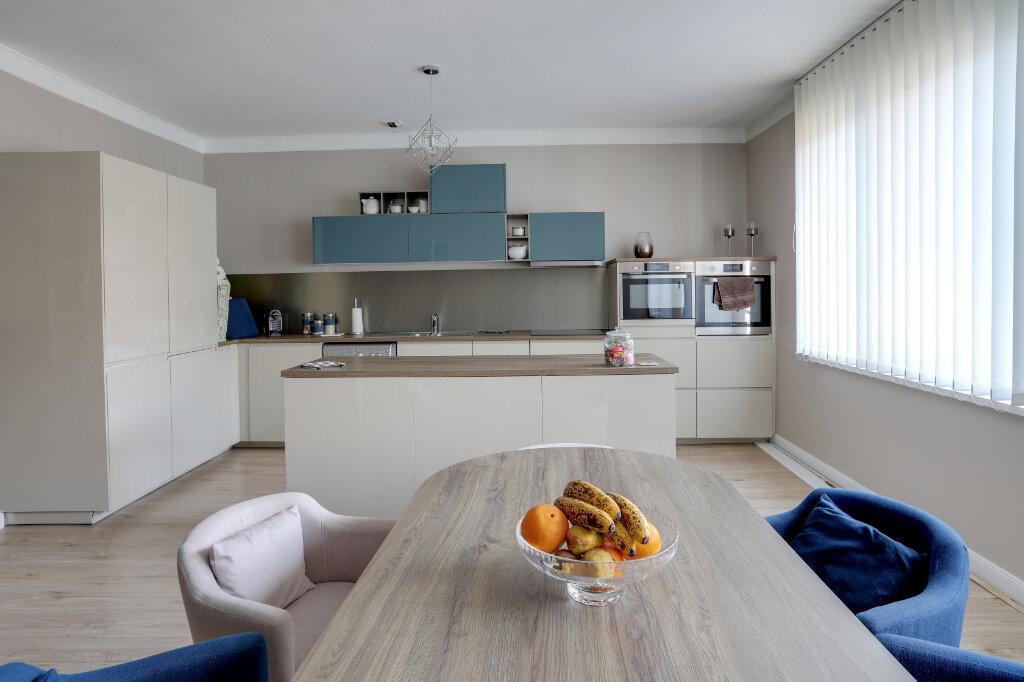 Appartement à vendre 3 68.7m2 à Tourcoing vignette-4