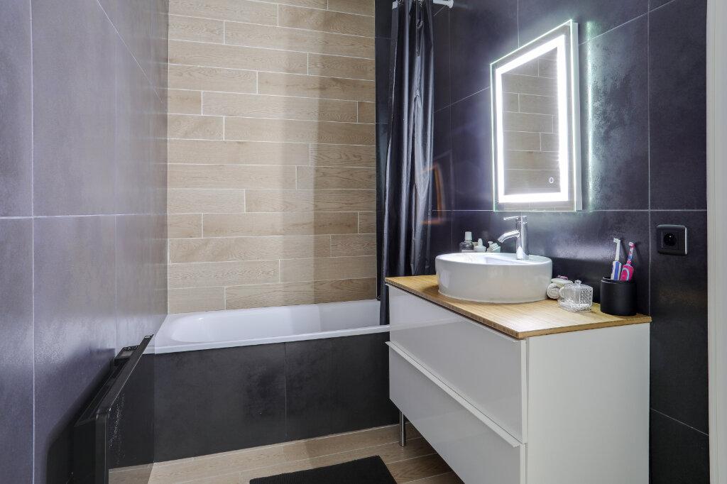 Appartement à vendre 3 68.7m2 à Tourcoing vignette-11